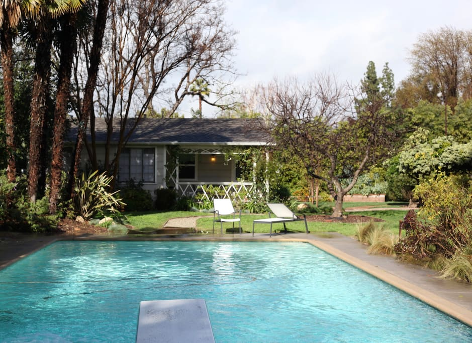 Serene Pool House And Lash Garden Houses For Rent In Los Angeles California United States