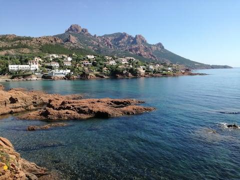 Pis reformat amb vistes al mar, a 10m de la platja