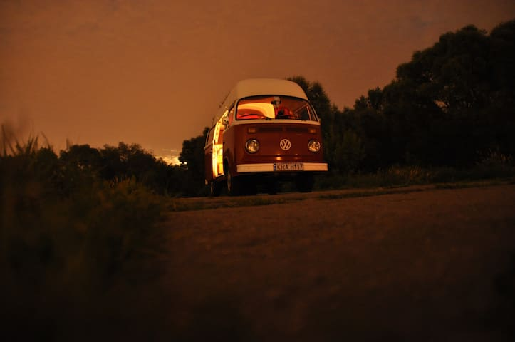 Iconic VW bus from 70,near Cracow   - Zelków - Apartment