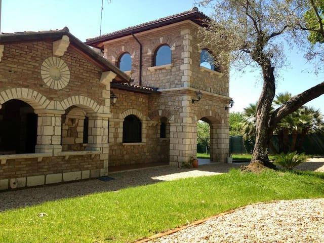 Casale Esmeralda casa vacanze - Norma - Villa