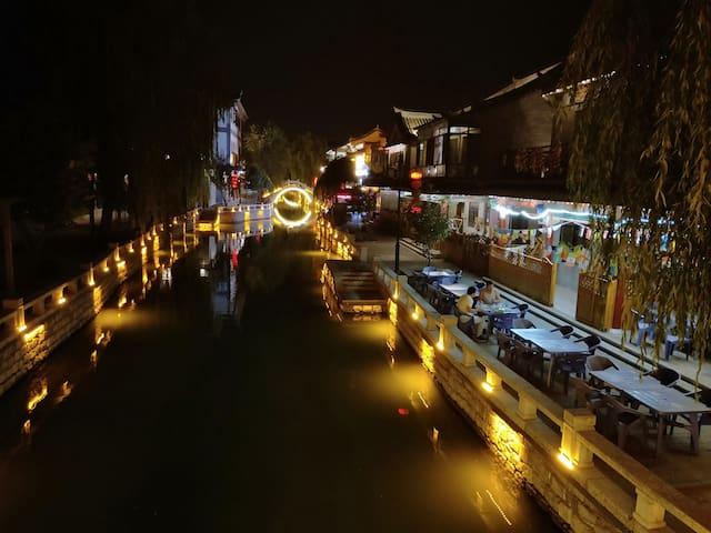 河景小别野,空气清新',环景优雅,免费停车