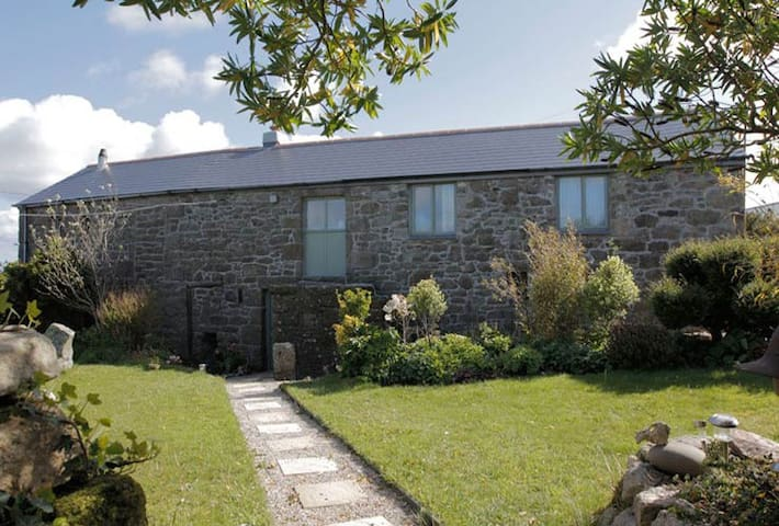 self contained rural B n B  - Penzance - Bed & Breakfast