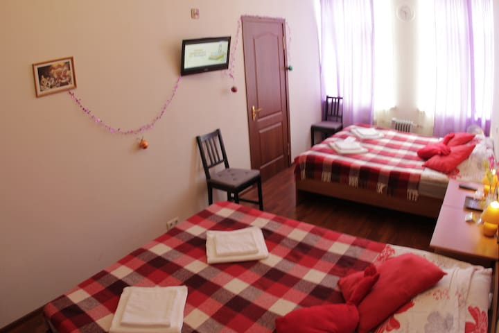 Inexpensive room minihotel! Center!