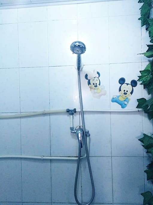 卫生间24小时热水