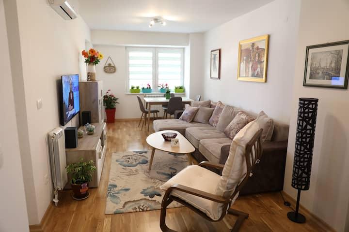 Luxury and Quiet Home