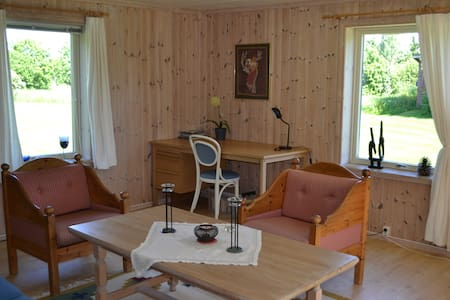 Fully equipped guest house - Vestre Toten