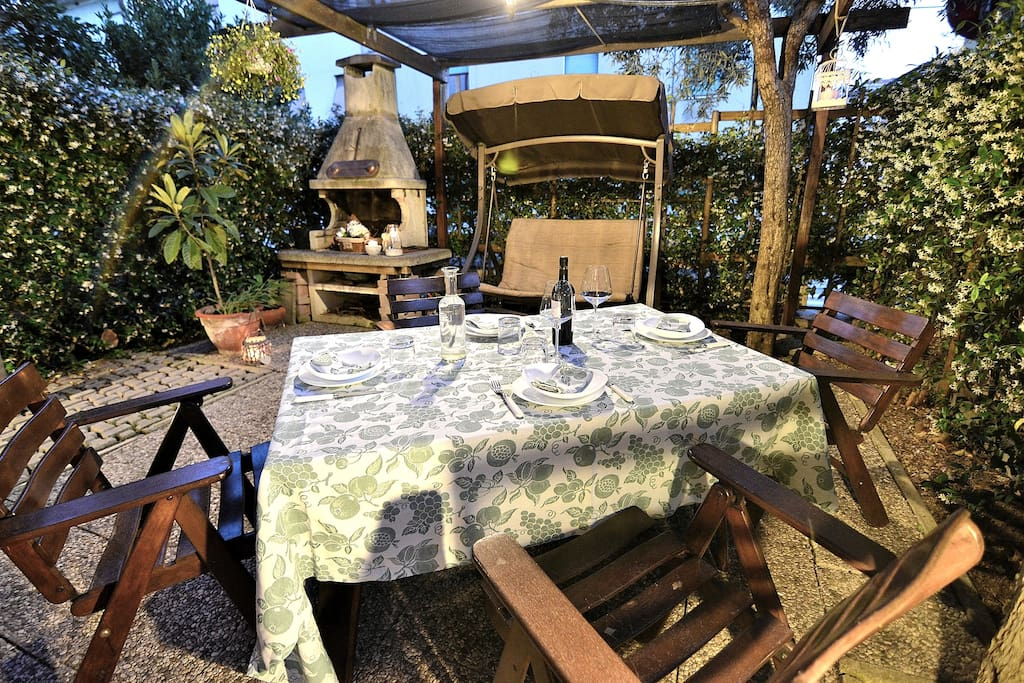 Preparation for a Dinner In the Garden