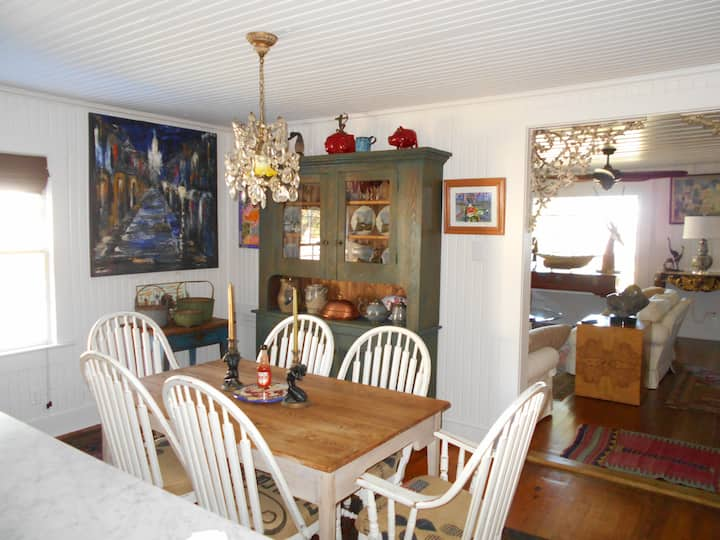 """Cottage on Mobile Bay """"Close to Downtown"""""""
