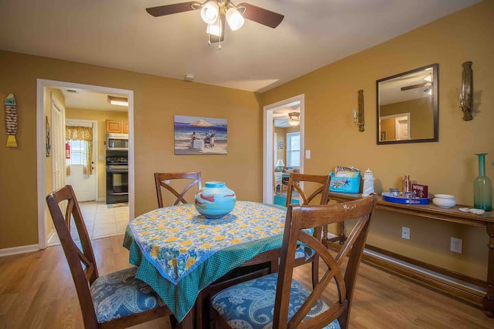 $40 Special!Cottage experience! Live like a local!