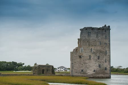 Castle View House - Island & Castle - Ballylongford