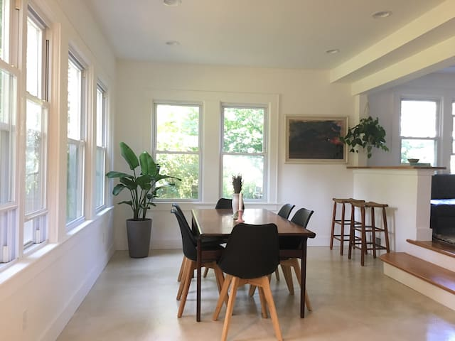 Newly Renovated Greenport Rental