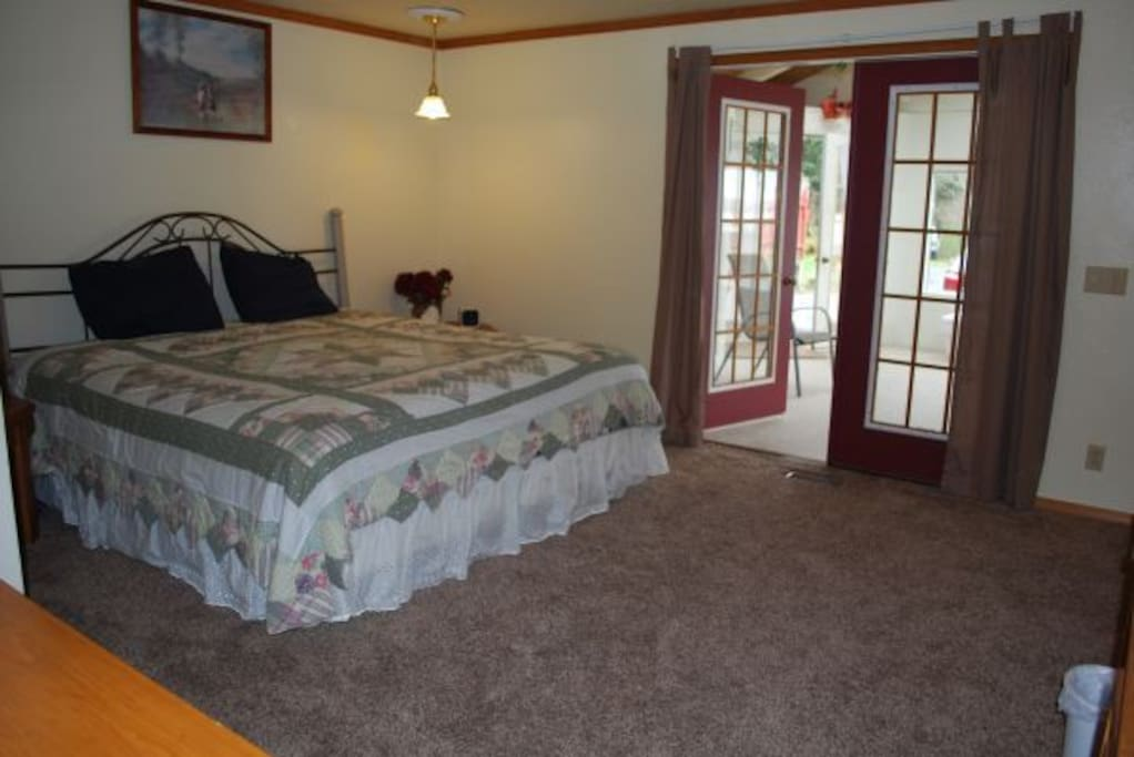 The two large master bedrooms have king sized beds.