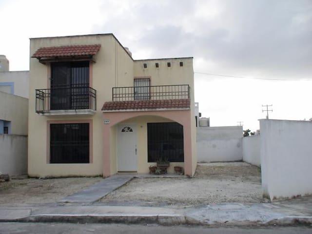 Disfruta de Merida Yucatan - Temixco - Huis