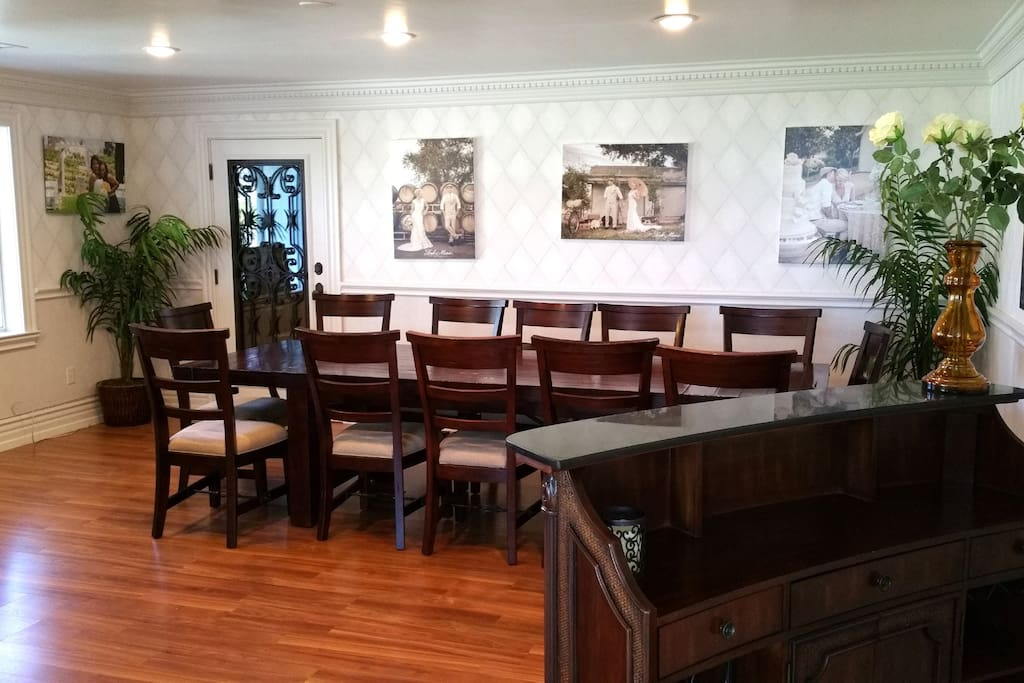 Large Dining & Conference Room