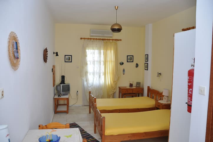 KOLIAS STUDIOS - 2 people -Kantouni - Kalymnos - Apartment