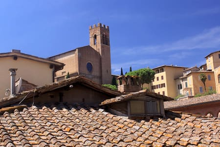 Cosy apartment in medieval Siena - Sienna