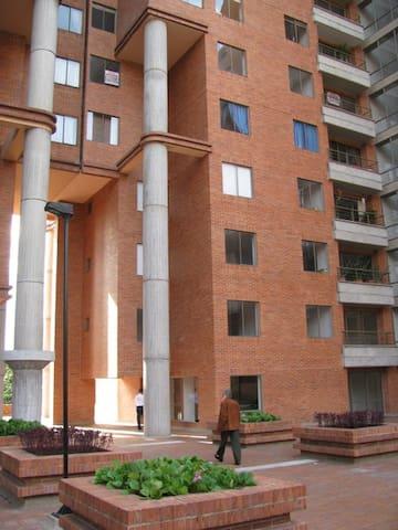 Modern 1B, 1B apartment - Bogotá