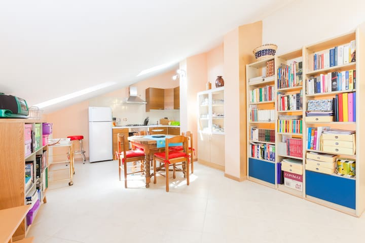 Litte and cosy indipendent flat  - Turim - Apartamento