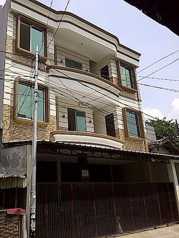 FULL WIFI 101Residence @strategic place in JKT - West Jakarta - Daire