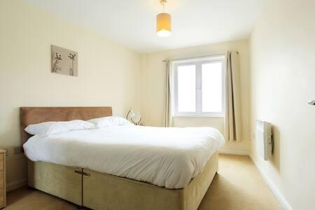 Apartment 16 Bedroom