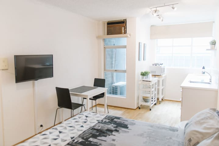 Digital TV, Wi-Fi and air conditioning are some of the standard comfort features of your apartment.