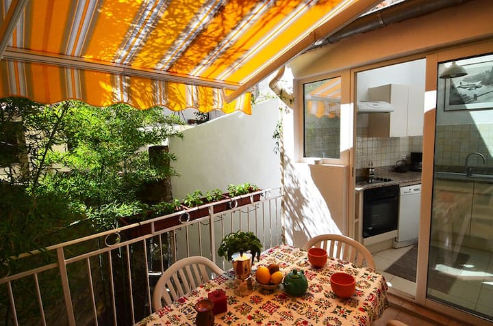 Nice flat in the heart of a catalan little town