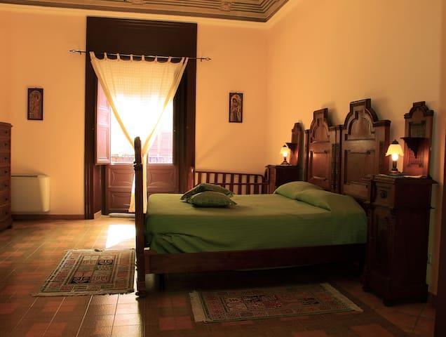 Elegante appartamento in centro - Castellammare del Golfo - Departamento