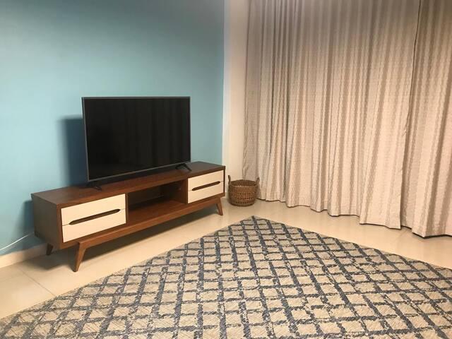 Sala com TV Led de 50 Polegadas