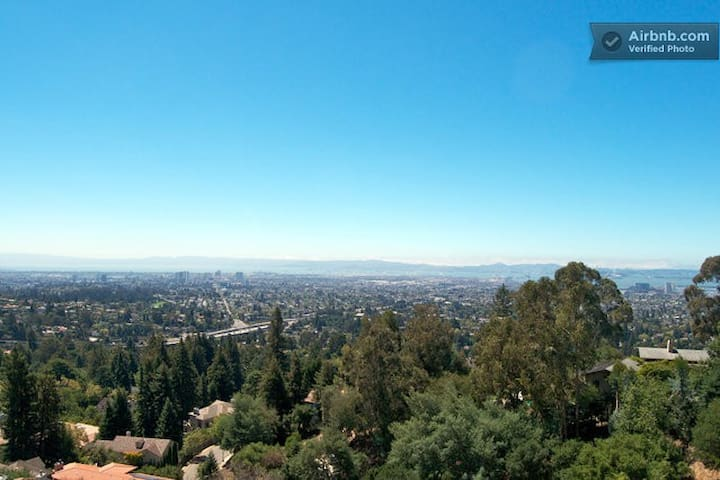 In-law in the hills with views 2BR