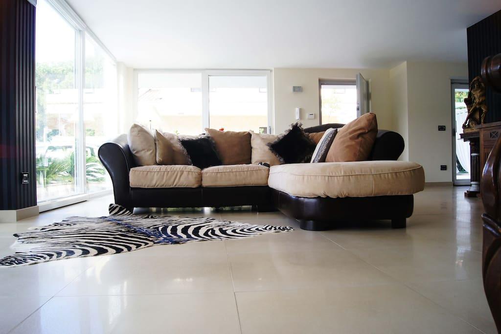 Emerald living room