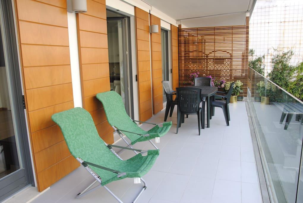 Grazioso apt in centro con terrazza appartamenti in for Appartamenti affitto milano centro