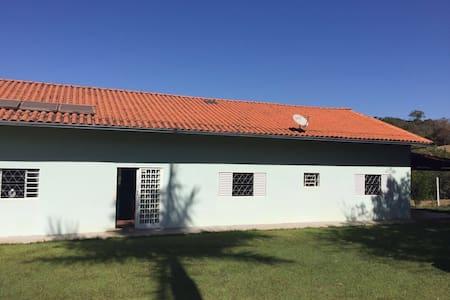 Chácara calma,tranquila e agradável - Bela Vista de Goiás