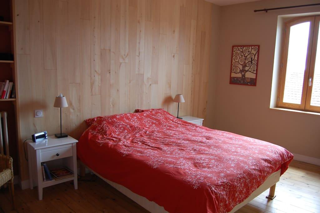 Chambre 1 - Adultes lit double 160x200