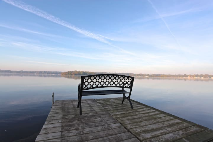 Lake Front Home on Sechrist Lake! Ski/Fish Avail! - 華沙 - 獨棟
