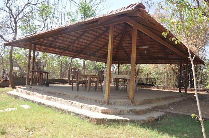 Portuguese Style open living Bungalow at Alibaug - Alibag - Hus