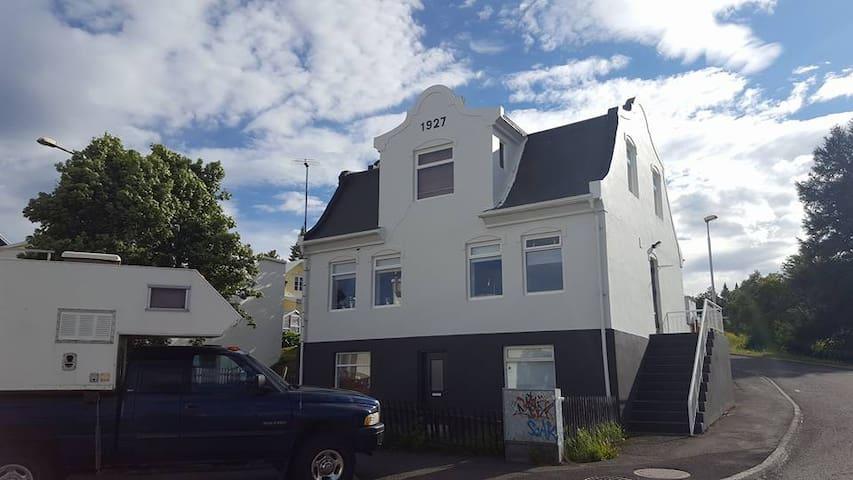 Oddagata 1 - Akureyri - Leilighet