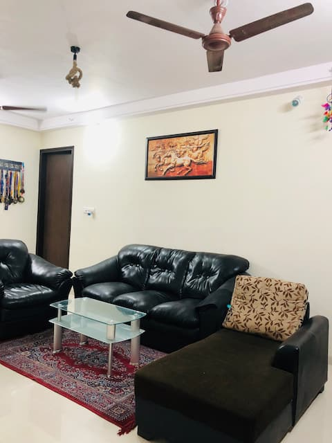 Spacious Apartment with Modern Amenities