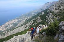 hiking over Brela