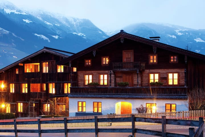 Boutique Apartment in Ramsau im Zillertal near Ski Area