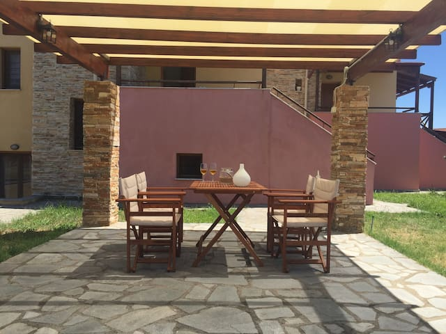 The private pergola terrace with the sea view