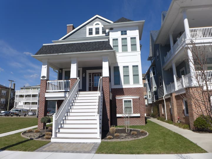 1st or 2nd Flr! Steps 2 Boards/Beach! Call today!