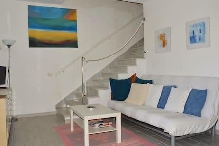 Villetta confortevole vicino alla spiaggia - Torre Delle Stelle (Maracalagonis) - Townhouse