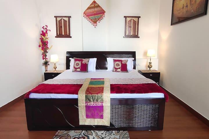 Master Bedroom -1