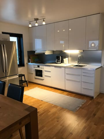Newly renovated apartment for 4-6 people!