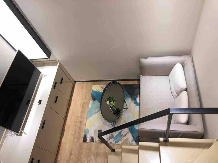 珠江新城CBD/珠江塔,K11,天河城/谭村地铁[Qingku's house]带厨房洗衣机自助公寓