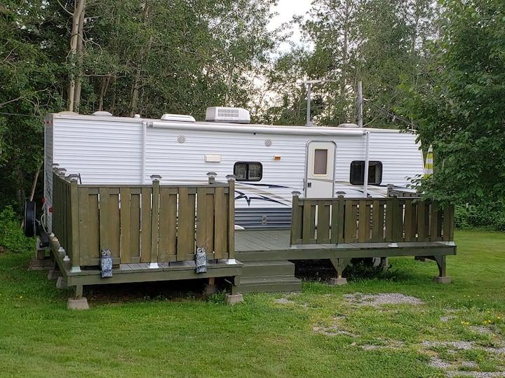 Camping du Cap Rouge Gaspé et Percé Roulotte 28 pi