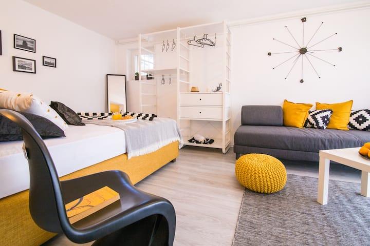 Art studio apartment Kata