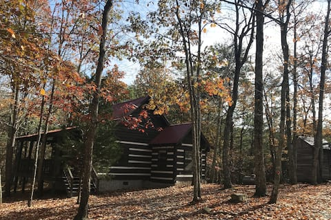Rustling Oaks Cabin - Getaway to Mentone!