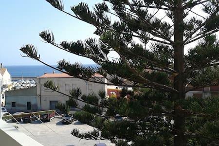 Appartamento al centro di Portoscuso - Portoscuso - 连栋住宅