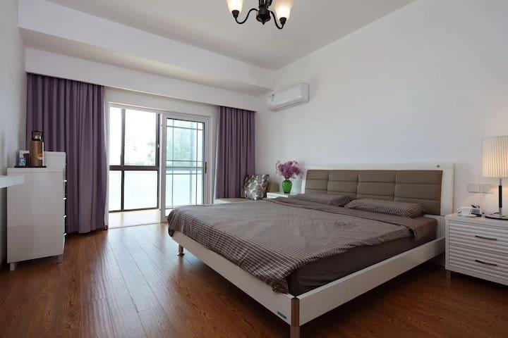 两楼大床房3